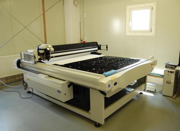 Laserschneidanlage 1