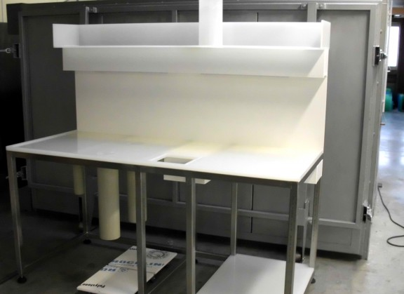 PP-Verkleidung auf Metallgestell